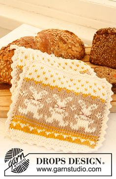 "Knitted DROPS pot holder with pattern for Easter in ""Paris"". ~ DROPS Design"
