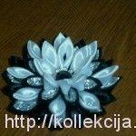 Three-dimensional flowers of satin ribbons tutorial