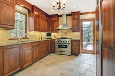Homes for sale in Montclair, NJ #kitchen #montclair #nj #beautifulhomes #forsale #realty #realestate #amyowens