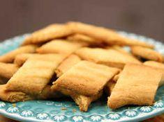 Image for Kolasnittar Swedish Recipes, Sweet Recipes, Vegan Recipes, Grandma Cookies, Vegan Pastries, Candy Cookies, Bread Cake, Biscuit Recipe, Kitchen Recipes