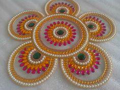 Rangoli Designs Flower, Rangoli Patterns, Rangoli Ideas, Rangoli Designs Diwali, Flower Rangoli, Beautiful Rangoli Designs, Diwali Diy, Diwali Craft, Cd Crafts