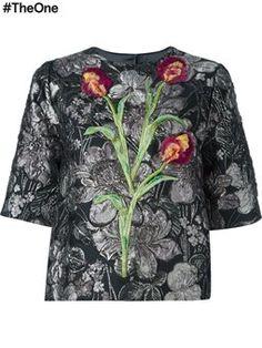 топ с цветочной вышивкой