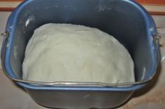 Aluat pizza la masina de paine Pizza, Mashed Potatoes, Ice Cream, Bread, Ethnic Recipes, Desserts, Food, Recipes, Cook