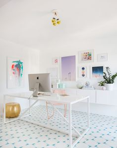 Modern White, light and airy home office inspiration with large gallery wall, white walls, and white Home Office Space, Home Office Design, Home Office Decor, Office Desk, Office Art, Apartment Office, At Home Office Ideas, Creative Office Decor, Kids Office