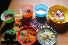 South African Fish Curry Recipe - Mchuzi Wa Samaki Recipe - Yummy Tummy Fish Filet Recipes, Fish Recipes, Indian Food Recipes, Fish Curry Coconut, Tamarind Juice, Hot Dog Recipes, Curry Leaves, Curry Powder, Garam Masala