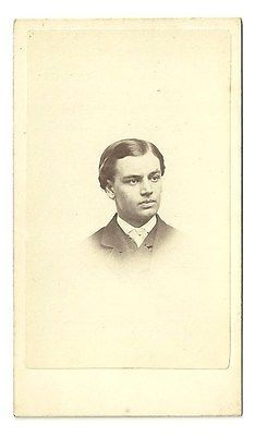 Carte de visite featuring very rare pose of Robert Todd Lincoln, eldest son of President and Mary Lincoln. Pose originally taken for year book of Harvard Class of 1864. s*c