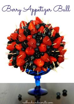 Berry Berry Appetizer Ball - how fun would this be? Fruit Decorations, Edible Arrangements, Fruit Displays, Fruit Recipes, Strawberry Recipes, Appetizers For Party, Fruit Appetizers, Creative Food, Fresh Fruit