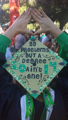 It has become a tradition at many colleges and even some high schools to decorate your graduation cap! Check out these 20 crazy awesome graduation cap ideas! From total bling to cute quotes get some inspiration here! Graduation 2016, Graduation Cap Designs, Graduation Cap Decoration, Graduation Celebration, High School Graduation, Graduation Pictures, Graduation Caps, Graduation Ideas, Motto For Graduation