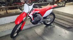New 2017 Honda CRF 450R Motorcycles For Sale in California,CA. IT'S HERE!!!! We won't be beat on price! You can email or call NIKKI for your best deal possible! In stock now. Believe it or not, it has been 15 years since the introduction of the first-generation CRF450R motocross bike. Not only has this bike been a huge success on the showroom floor, and in competition around the world, but the CRF450R also took home eight-consecutive Cycle World Ten Best trophies between 2002 and 2009, and…
