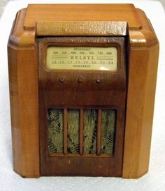 Radio Antigua, Radios, Old Time Radio, Antique Radio, Short Waves, Timber Wood, Computer Case, Vintage Wood, Jukebox