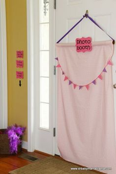 DrBabyMamaDrama: A Voice of Reason and (in)Sanity: Princess Tea Party, Part 1: Decor