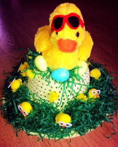 Easter Hat hat & chicks from shiploads