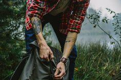 Flannel and tattoosssssss