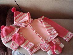 çocuk örgüleri 7 - semasemaank - Blogcu.com Knitting For Kids, Baby Knitting Patterns, Baby Patterns, Baby Socks, Knitwear, Free Pattern, Knit Crochet, Album, Children
