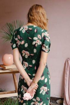 30 Gorgeous Sleeved Dresses To Wear All Summer