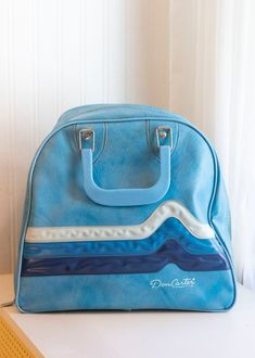 Mens Vintage Don Carter Bowling Bag with blue wave design | MollyFinds