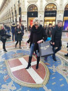 #fashionstorebook #outlet #outfitbook #fsbk #chicstyle #queenfsbk #fashion #potd #ootd #dnesnosim #nahodsa #oblecsa #dnespredavam #forsale #spisskanovaves #snv #novejša #letna41 #mestosnv #slovakia #slovensko #milano #italy Instagram