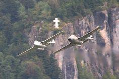 De Havilland Vampire, Post War Era, Swiss Air, Old Planes, Airplanes, Air Force, Aviation, Animals, Switzerland