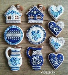 ideas for cupcakes decoration vintage decorated cookies Fancy Cookies, Iced Cookies, Cute Cookies, Royal Icing Cookies, Cupcake Cookies, Sugar Cookies, Fun Cupcakes, Cookie Designs, Edible Art