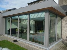 Too straight. Not enough detail. House Extension Design, Roof Extension, House Design, Garden Room Extensions, House Extensions, Contemporary Garden Rooms, Glass Porch, Screened Porch Designs, Conservatory Design