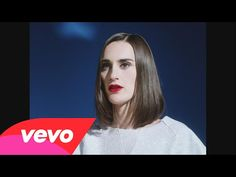 Yelle - Complètement fou (Official Video)