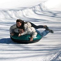 Great date ideas: - Using food coloring to spray paint the snow. - Moonlight snowshoe walk - Make your own ice cream (one cup of evaporated milk, one teaspoon of vanilla extract, and cup sugar) - Make a crazy snowman - Photo shoot - Hit the slopes Great Date Ideas, Day Date Ideas, Romantic Night, Romantic Dates, Romantic Ideas, Snowman Photos, Dream Dates, Lovers Romance, Year Of Dates