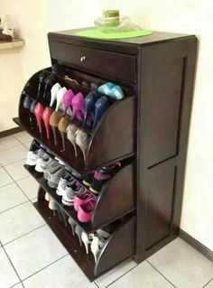 Solid wood rotating shoe rack tipping shoe shoe shoe for Modelos de zapateras para closets