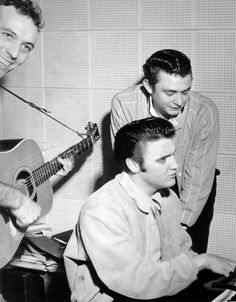 Here's more from The Million Dollar Quartet in 1956.