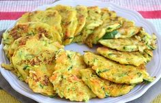 Weight Watchers vegetable cakes, healthy and light, an easy recipe to … - Recipes Easy & Healthy Easy Healthy Recipes, Healthy Cooking, Baby Food Recipes, Easy Meals, Healthy Eating, Cooking Recipes, Delicious Recipes, Vegetable Cake, Cholesterol Lowering Foods