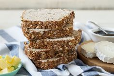 Catherine Leyden is making Healthy Oat & Seed Bread. Bread Recipes, Baking Recipes, Odlums Recipes, Recipies, Wholemeal Bread Recipe, Yogurt Bread, Oatmeal Bread, Seed Bread, Cheese Tarts