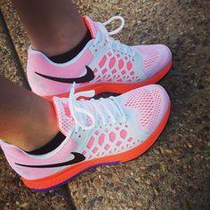 Women's Nike Air Zoom Pegasus 31 Running shoes // Size 8.5 // White&Neon Orange #Nike #RunningCrossTraining