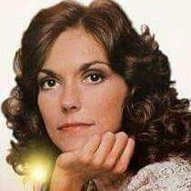 Karen Carpenter, Singer, The Carpenters, Richard Carpenter, Karen Carpenter, Karen Richards, Classic Singers, Joan Jett, Tv Couples, Famous Singers, Old Tv Shows, Music Icon
