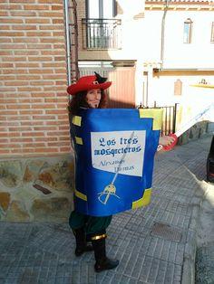 Disfraz original de carnaval libro de mosquetero mis disfraces carnaval pinterest - Disfraz casero mosquetero ...