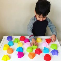 Matching Shapes Toddler Activity * ages ⋆ Raising Dragons We are obsessed with these fun, colorful, silicone cupcake molds and they are perfect for toddler, sensory and shape matching activities! Preschool Learning Activities, Infant Activities, Teaching Kids, Activities For Kids, Crafts For Kids, Preschool Alphabet, Kids Diy, Diy Crafts, Shapes For Toddlers