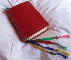 Biblia con portaregistro.