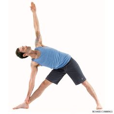 Extended Triangle Pose Yoga Poses For Men, Basic Yoga Poses, Yoga For Men, Male Yoga, Yoga For Migraines, Yuri, Standing Yoga Poses, Yoga For Sciatica, Hip Opening Yoga