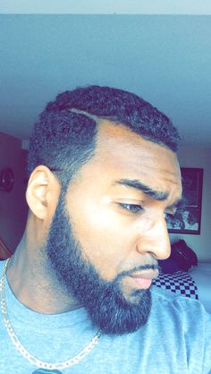 chick-fe-latio: chiefsimba: This some trademark shit now lordt Samir must take like 500 pics after he gets a haircut Omfg Black Men Beards, Handsome Black Men, Black Men Hairstyles, Haircuts For Men, Men's Hairstyles, Braided Hairstyles, Beard Styles For Men, Hair And Beard Styles, Gorgeous Black Men