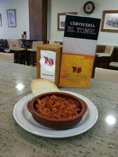 Cervecería EL Tonel  https://es.foursquare.com/andaluciaexp/list/ruta-de-la-tapa-de-lucena