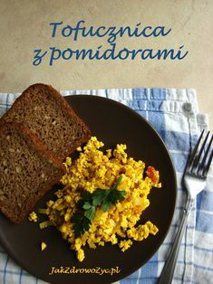 Tofucznica z pomidorami i pieczarkami Going Vegetarian, Cornbread, Ethnic Recipes, Drinks, Food, Millet Bread, Drinking, Beverages, Essen