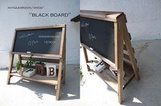 アンティークbrownブラックボード付立て看板 by woodskoubou 家具・生活雑貨 家具 | ハンドメイド、手作り作品の通販・販売サイト minne(ミンネ)