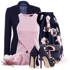 Breathtaking Floral Outfit Ideas for All Seasons 2018 - The Best Floral Outfits Classy Outfits, Chic Outfits, Fashion Outfits, Womens Fashion, Fashion Trends, Floral Outfits, Trendy Fashion, Feminine Fashion, Skirt Outfits
