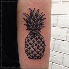 tatuagem-de-abacaxi-12