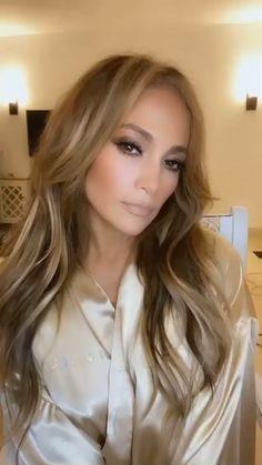 Simple Makeup, Natural Makeup, Natural Beauty, Megan Fox Blonde, Celebrity Beauty, Celebrity Style, Jennifer Lopez, Beauty Secrets, Beauty Hacks