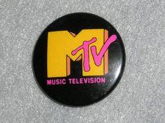VINTAGE 1980S MTV LOGO PIN