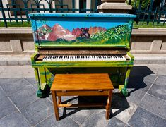 painted paino Denver Etats Unis 2011 - Play Me I'm Yours