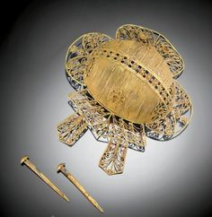 Elaborate gold filigree hair ornament from Ming Dynasty China - sold at Sotheby's for 27,500.