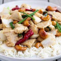 Thai Chili Pepper Recipe, Hot Pepper Recipes, Spicy Recipes, Asian Recipes, Chicken Recipes, Cooking Recipes, Healthy Recipes, Thai Chicken Stir Fry, Thai Cashew Chicken