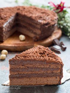 Tartufine cake with chocolate cream and hazelnuts - Mastercheffa Chocolate Cream, Chocolate Lovers, Chocolate Desserts, Italian Desserts, Italian Recipes, Sweet Recipes, Cake Recipes, Best Apple Pie, Mud Cake