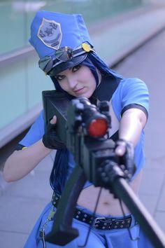 Officer Caitlyn - League of Legends Photo by: https://www.facebook.com/zuzannakonarskaphotography Cosplayer: https://www.facebook.com/labradabra7
