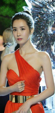 Lee Da Hae ♥ IRIS II (KBS2, 2013) ♥ My Girl (SBS, 2005) ♥ Miss Ripley (MBC, 2011)